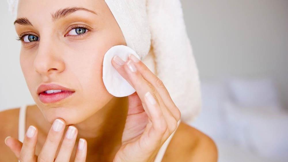 Уход за кожей лица Очищение