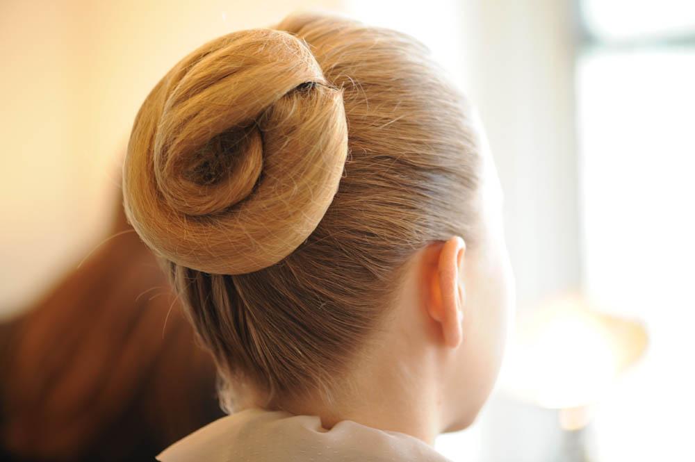 Прически на каждый день. Как не навредить волосам и выглядеть безупречно