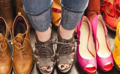 Сколько пар обуви должно быть у девушки